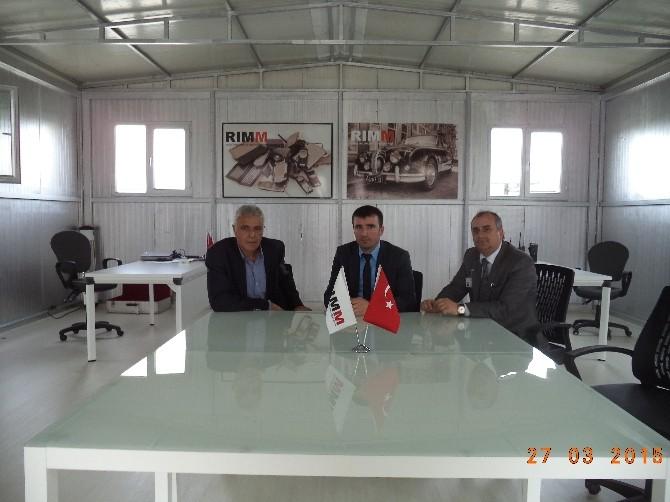 Kartepe'de Yeni Sanayi Kuruluşları Ziyaret Ediliyor