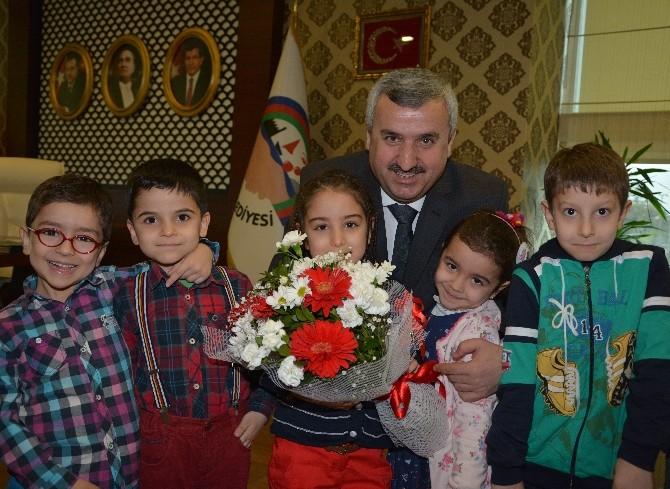 Körfez Belediyesi Şefkat Çocuklarını Ağırladı