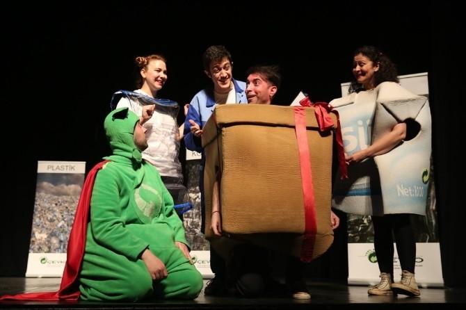 Çevreci Öğrencilere Tiyatro Ödülü