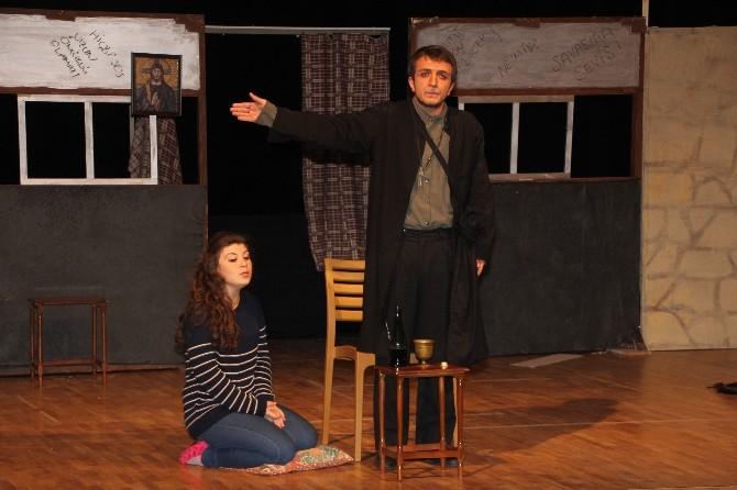 6. Tiyatro Festivali ODÜ'de Başladı
