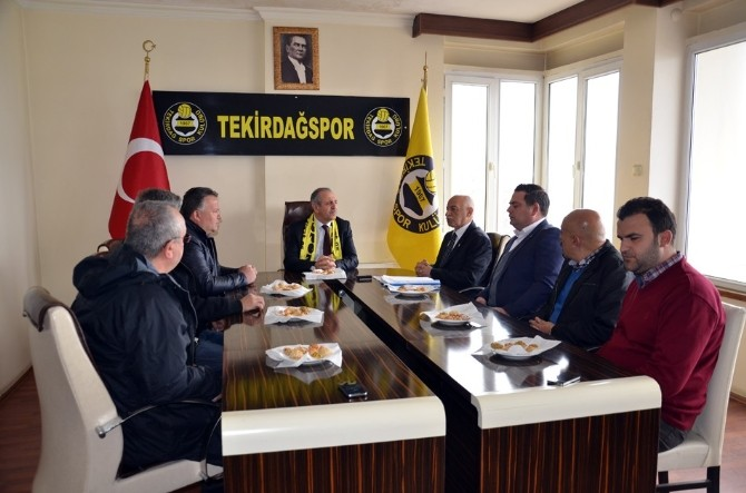 Tekirdağ Valisi Enver Salihoğlu 3. Lige Çıkan Tekirdağspor'u Tebrik Etti
