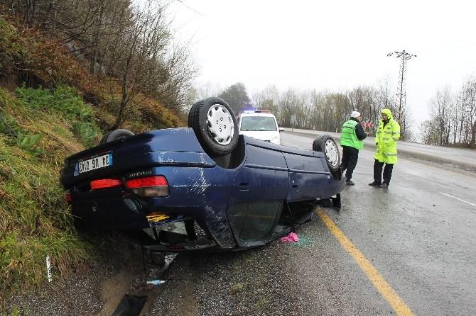 Zonguldak-ereğli Yolunda Otomobil Takla Attı