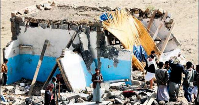 Yemen'de 100 bin kişi evinden oldu