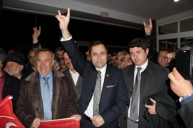 MHP'li Aday Vekil Gibi Karşılandı