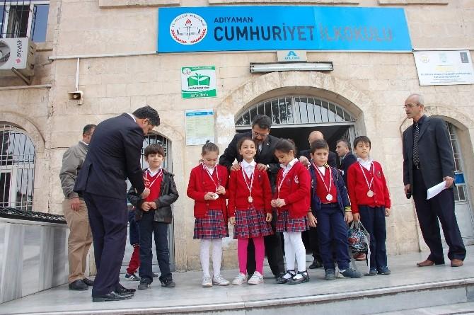 İlköğretim Okulu Öğrencilerine Ödül
