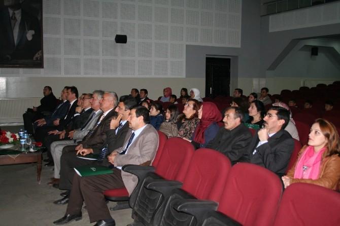 Darüşşafaka Eğitim Kurumları Sınav Tanıtım Toplantısı Kars'ta Yapıldı