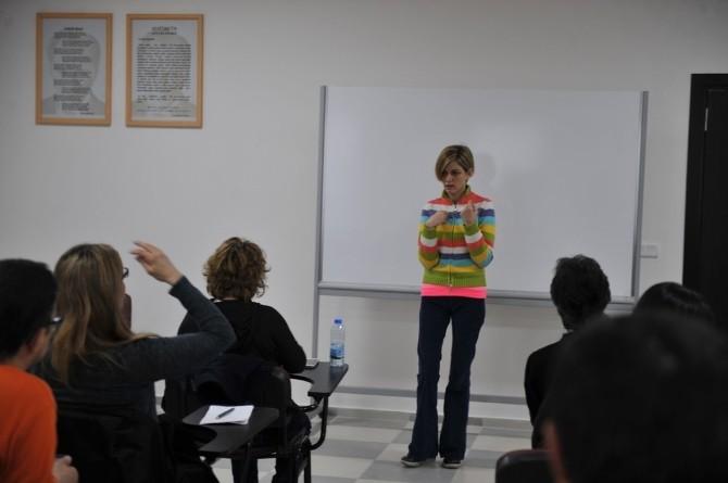 Buca Belediyesi'nden Personele İşaret Dili Eğitimi