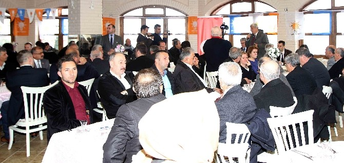 Başkan Karaosmanoğlu Gölcüklü Muhtarlarla Bir Araya Geldi