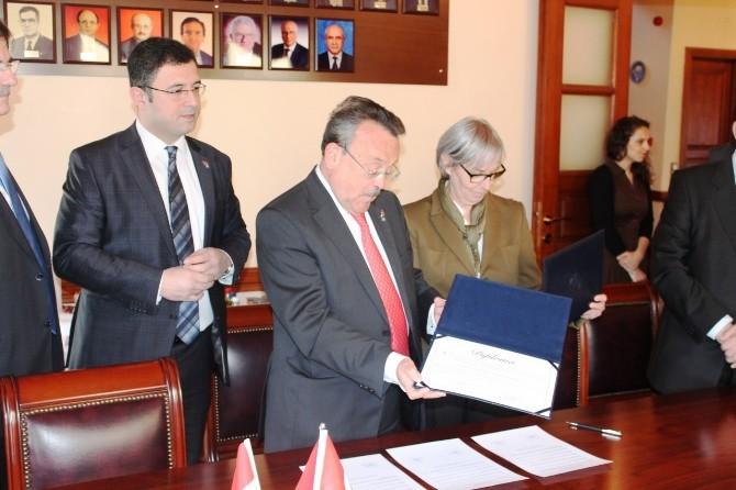 Macaristan Barolar Birliği Başkanlığı Ve Tekirdağ Barosu İş Birliği Anlaşması Yaptı