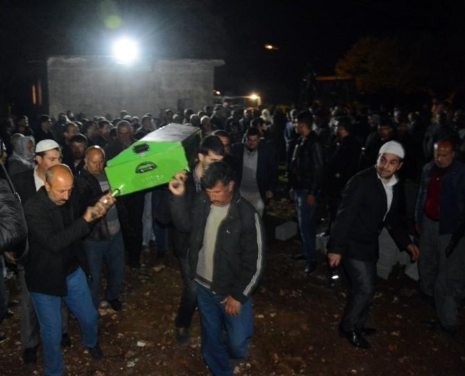 Osmaniye'de Kazada Hayatını Kaybeden 7 Kişinin Cenezesi Nusaybin'de Toprağa Verildi