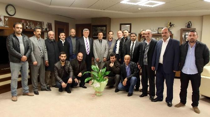 Derneklerden Karaosmanoğlu'na Ziyaret