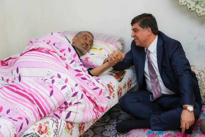Başkan Fadıloğlu'ndan Kanser Hastalarına Moral Ziyareti