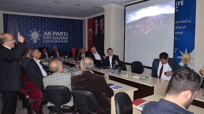 Başkan Gümrükçüoğlu AK Parti Ortahisar İlçe Toplantısı'na Katıldı