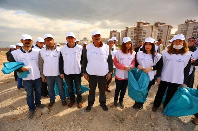 Edremit'te Temizlik Kampanyası