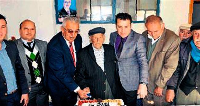 106'ncı doğum günü pastası