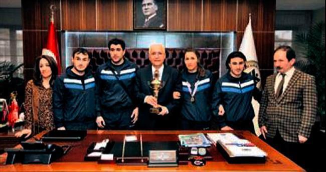 Engelli sporculardan Fethi Yaşar'a ziyaret
