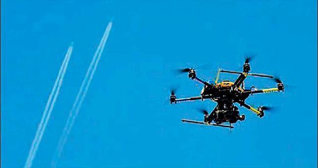 Eylemciye insansız uçakla müdahale