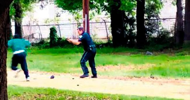 Siyahiyi sırtından vuran polisin yalanı ortaya çıktı