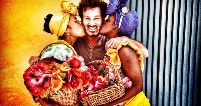 Metin Arolat'ı Küba'da öptüler