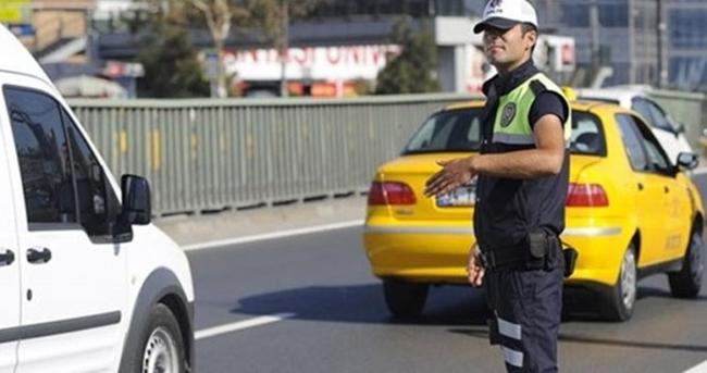 Anayasa Mahkemesi'nden flaş 'korsan taksi' kararı