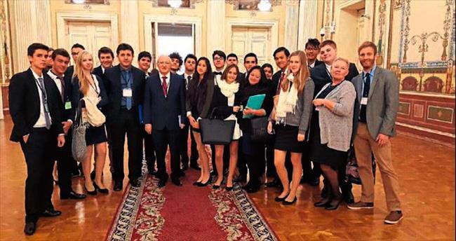 Adana Final Okulları 2'nci kez Spimun'da