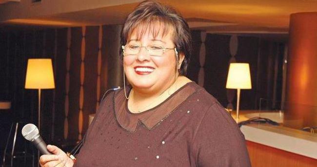 Ünlü şarkıcı Akrep Nalan'a bakıcı şoku