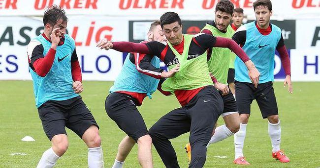 Trabzonspor, Yanal'sız çalıştı