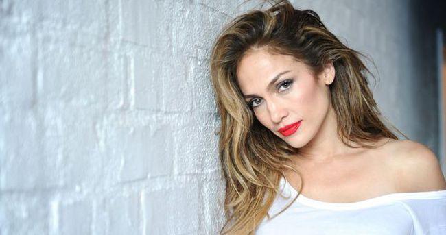 Google, Jennifer Lopez için 'Görseller'i yapmış
