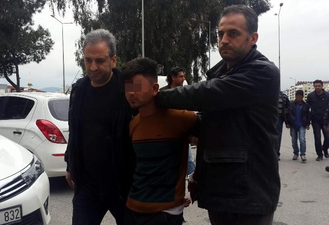 Suçüstü Yakalanan Dolandırıcılardan Birisi Tutuklandı