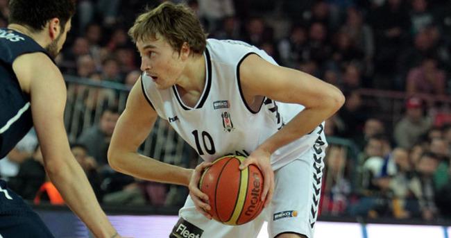 Broekhoff, 2 yıl daha Beşiktaş'ta