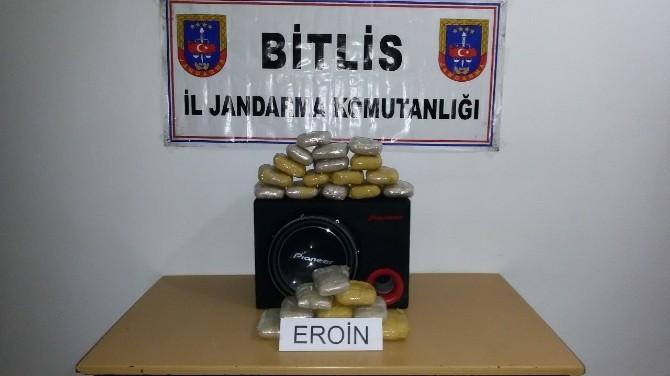 Bitlis'te Jandarma, Hoparlör İçerisinde 13 Kilo Eroin Ele Geçirdi