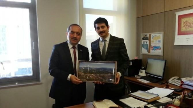 Ulus Belediye Başkanı Uzun, TOKİ'yi Ziyaret Etti