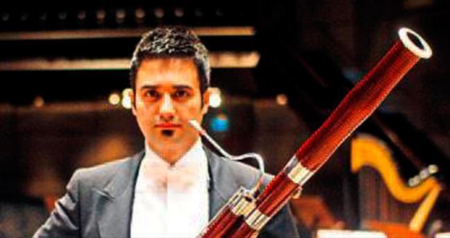 ÇDSO kendi sanatçısının bestesiyle konser verdi