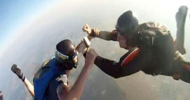 GoPro 3 bin metreden düştü, görüntüler baş döndürdü