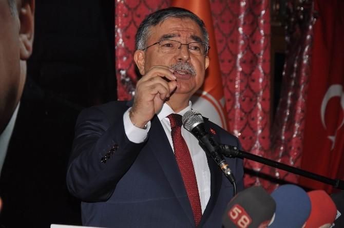 """Milli Savunma Bakanı Yılmaz: """"Demokrasinin Çıtasını Yükselteceğiz"""""""