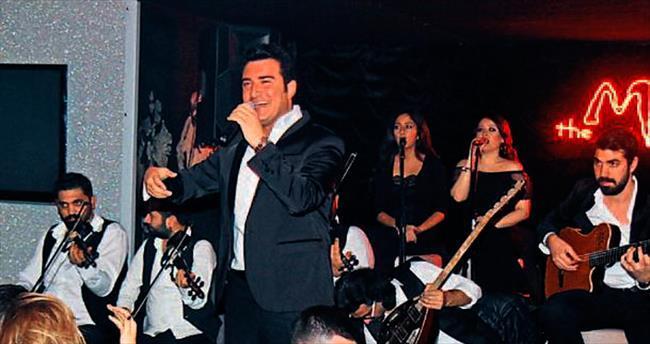 'Azer Bülbül şarkısını ben yaşatacağım'