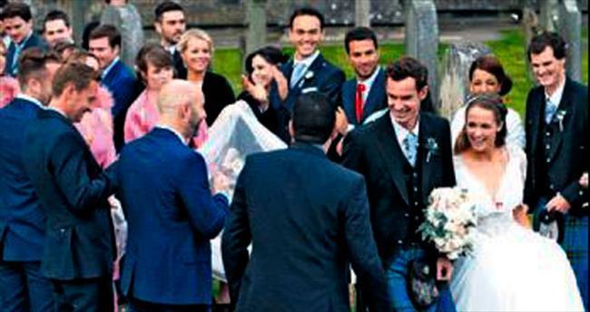 Bir düğün bir cenaze
