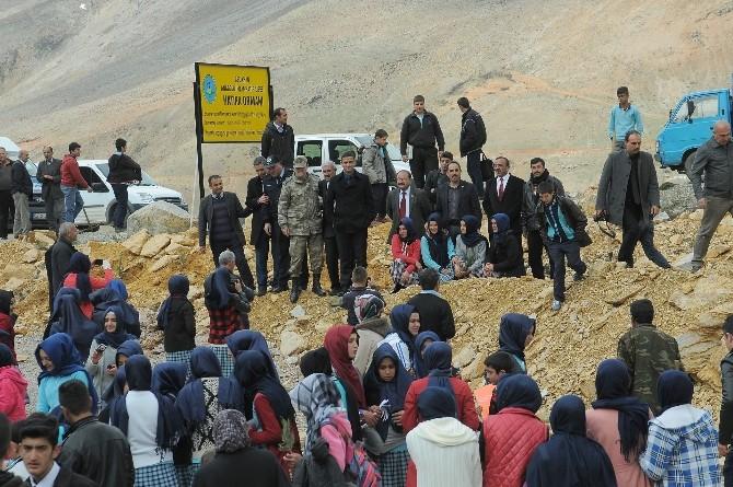 Çelikhan Anadolu İmam Hatip Lisesi Hatıra Ormanı Oluşturdu