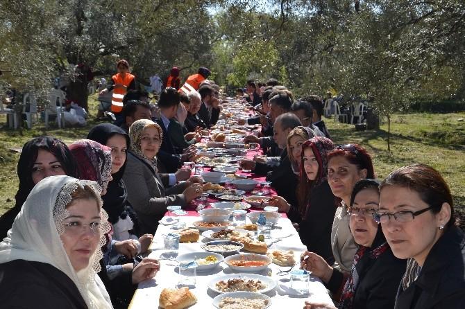 Kuyucak'ta Arap Dede Hayrı Dular Eşliğinde Gerçekleşti