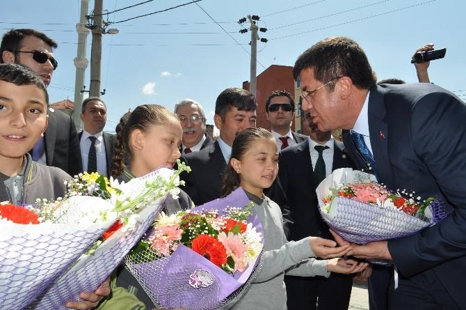 """Bakan Zeybekci: """"Birileri Bu Ülkenin Yeniden Namerde Muhtaç Olmasını İstiyor"""""""