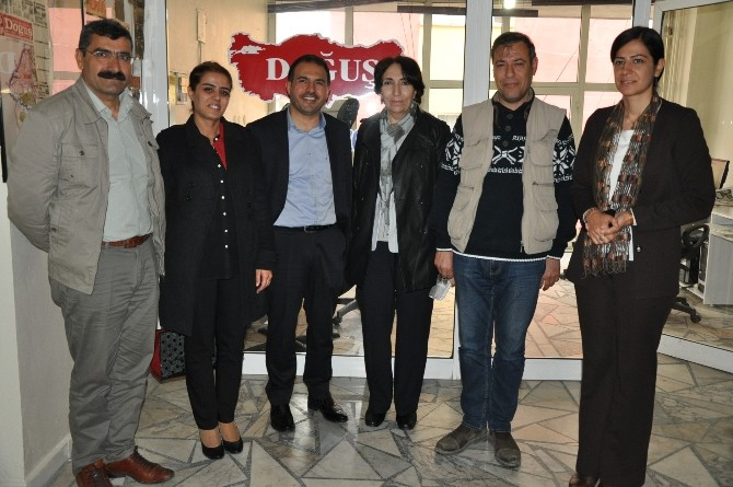 HDP'den İHA Batman Bürosuna Ziyaret