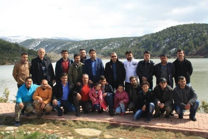 Derbent'te Çocuklara Olta Takımı Dağıtıldı