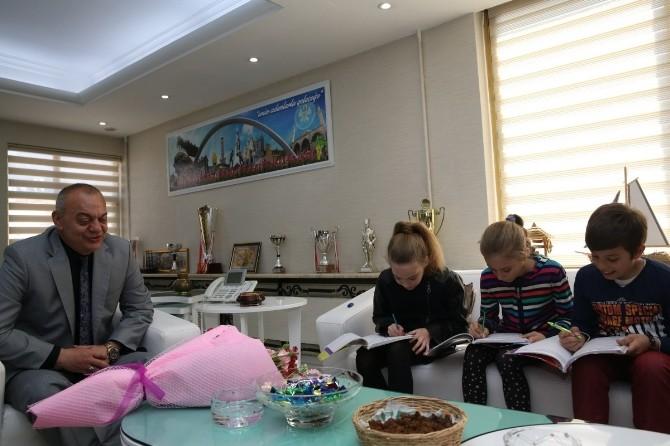 Başkan Ergün'den Çocuklara Müjde