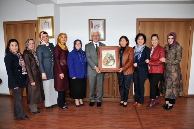 Kat'ı Sanatı Kursiyerlerinden Vali Koca'ya Ziyaret