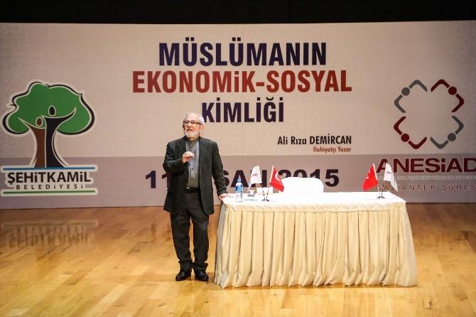 Müslümanın Ekonomik - Sosyal Kimliği Konferansı