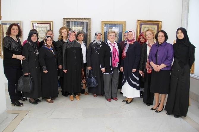 Bursalı Müzehhibelerden Göz Kamaştıran Sergi
