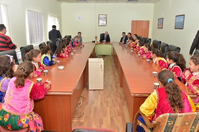 Tuşba Belediyesi'nin Şampiyon Minikleri Van'a Döndü