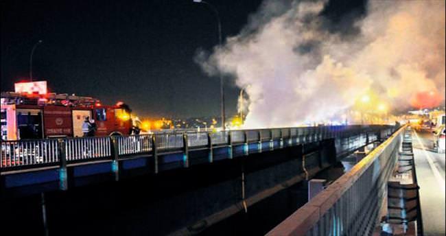 Köprüde aşırı hız kazası