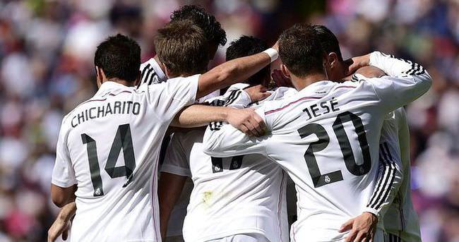 Real Madrid, Barcelona'nın ensesinde