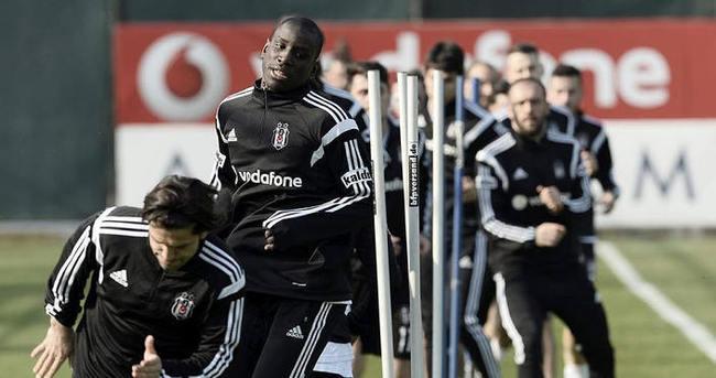Beşiktaş'ta Kasımpaşa mesaisi sürüyor